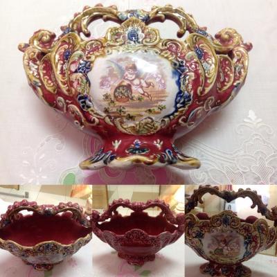 Конфетница из керамики до 1900 гг.  Италия
