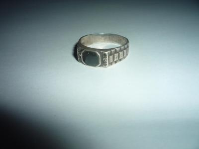 Старинный перстень с ониксом.