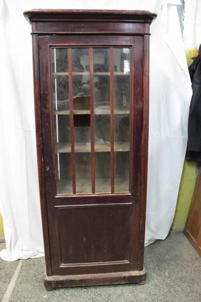 Книжный шкаф (под реставрацию)