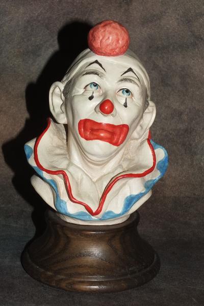 Бюст клоуна