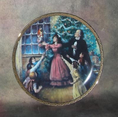 Тарелка фарфоровая новогодняя рождественская Рождественский вечер