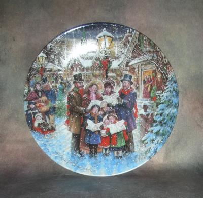Тарелка фарфоровая новогодняя рождественская Радостное воспевание