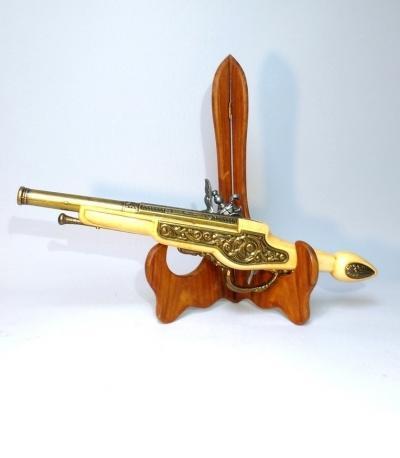 Декоративный пистолет
