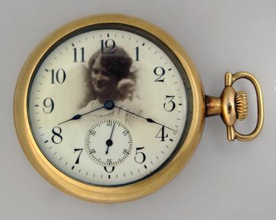 Часы AMERICAN WALTHAM WATCH с фотопортретом дамы
