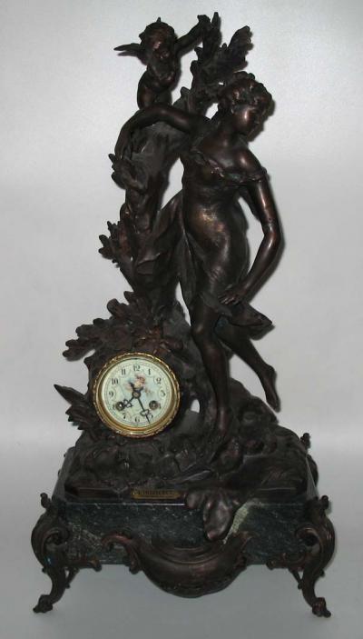Французские каминные часы Амурные