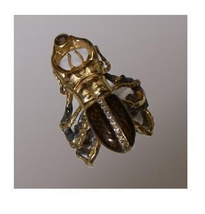 Серебряное кольцо жук-олень с дымчатым топазом