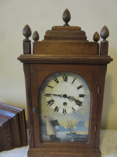 Настольные часы с возможностью настенного крепления