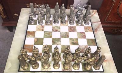 Шахматы в античном стиле