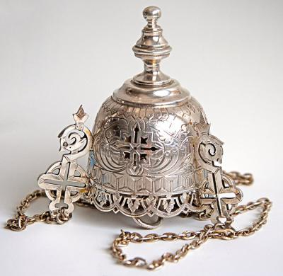 Серебряная лампада в старорусском стиле.