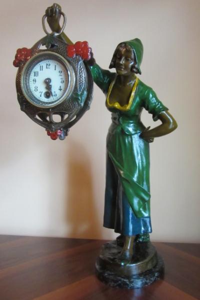 Настольные часы Девушка-голландка. Lenzkirch