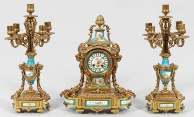 Часы в стиле Луи XVI