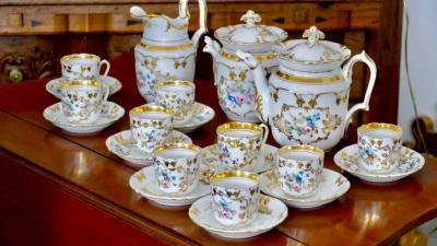 Чайно-кофейный сервиз в стиле Наполеона III