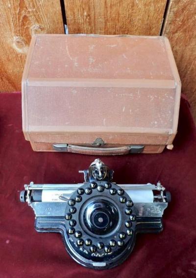 Переносная печатная машинка Lambert