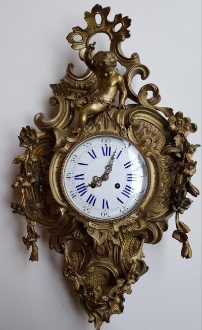 Бронзовые часы с херувимчиком