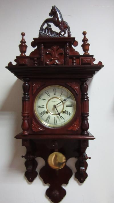 Часы Jungerland