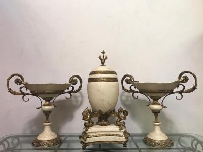 Гарнитур в стиле Наполеона III