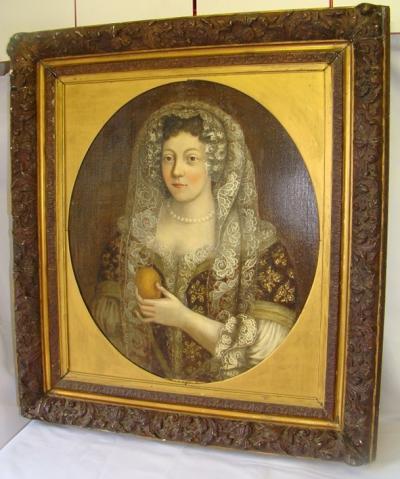 Портрет знатной дамы с лимоном