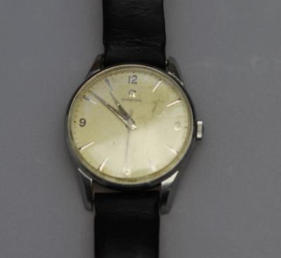 Часы фирмы Omega