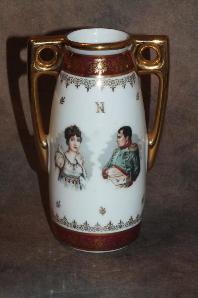 Ваза Наполеон и Жозефина