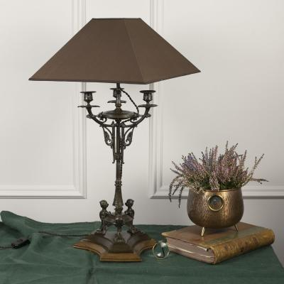Лампа-канделябр