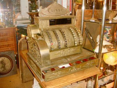 Кассовый аппарат, 19 век.