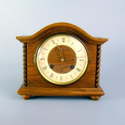 Настольные часы Centra