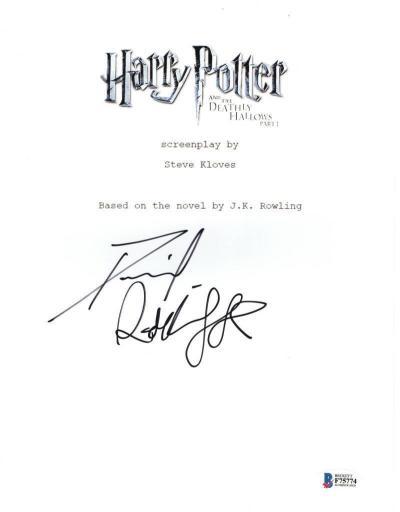 Книга с автографом Дэниэла Рэдклиффа