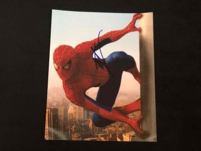 Фото с автографом Тома Холланда / к/ф Человек-паук