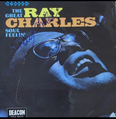 Виниловая пластинка с автографом Рэя Чарльза