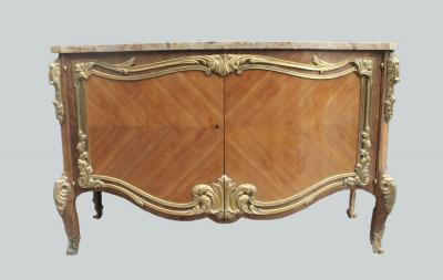 Дрессуар в стиле Людовика XV