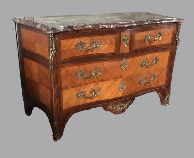Комод из палисандра в стиле Луи XV