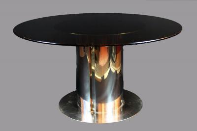 Стеклянный хромированный стол от Антониа Астори