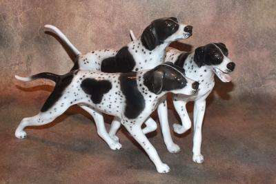 Три охотничьих собаки