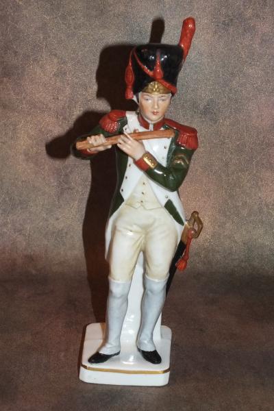 Grenadier 1800