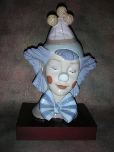 Размышляющий клоун