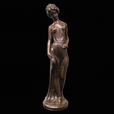 Бронзовая скульптура в стиле модерн
