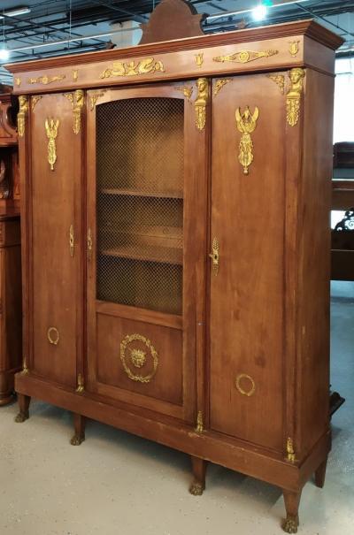 Кабинетный шкаф в стиле ампир