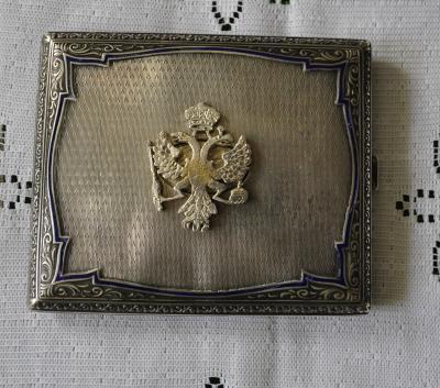 Серебряный портсигар с гербом Российской империи