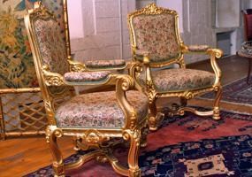Два кресла в стиле рококо