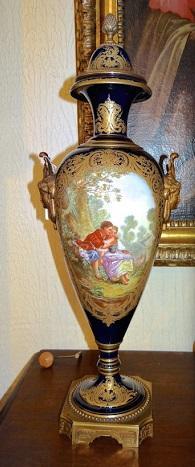 Пара ваз. Севрская мануфактура