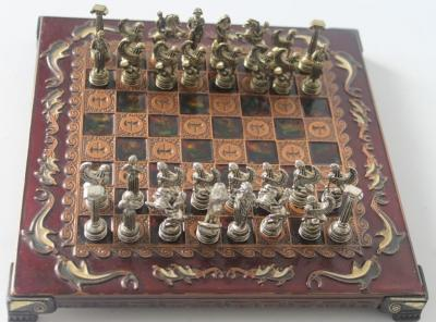 Раритетные шахматы из бронзы